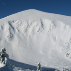 Hoverla in winter