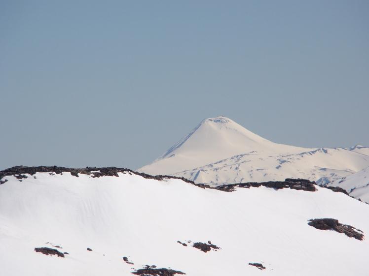 desde Argentina volcan Quetrupillan chile, Copahue