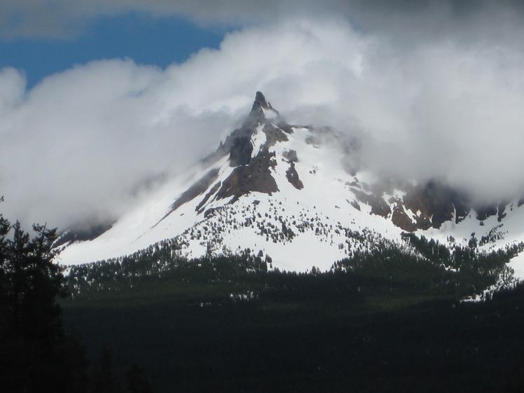 Mt. Thielsen, Mount Thielsen