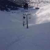 Κατεβαίνοντας τη μαύρη πίστα Ινώ κάτω από τον εναέριο αναβατήρα της Στύγας στο Χιονοδρομικό Κέντρο Καλαβρύτων !!!, Helmos