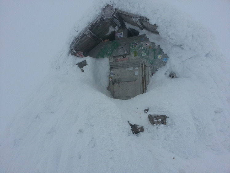 The refuge shelter, Ben Nevis