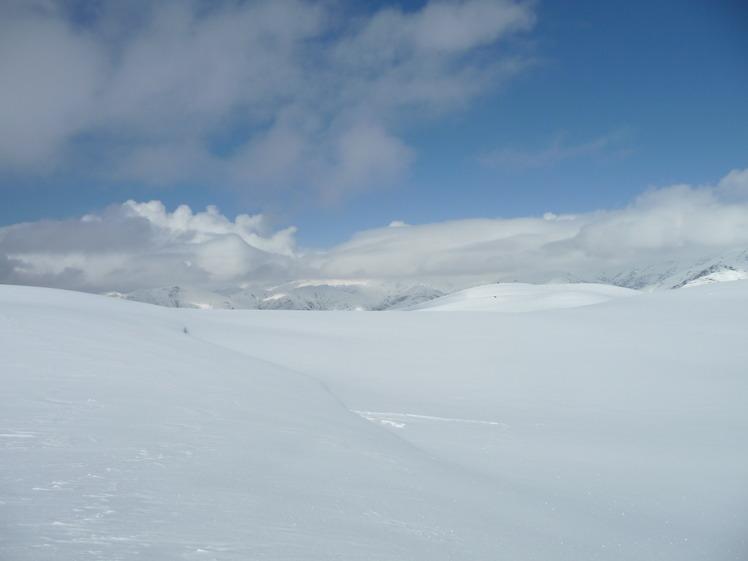 برفریز, Mount Binalud