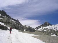 camino al almanzor, Pico Almanzor photo
