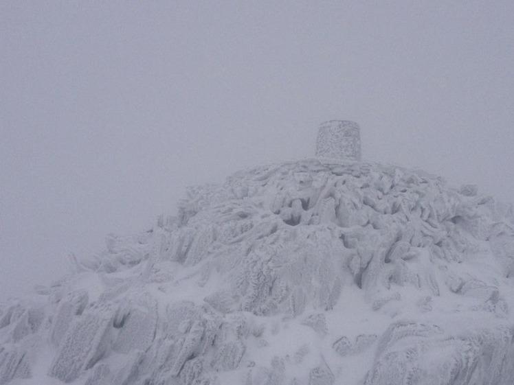 summit in snow, Snowdon