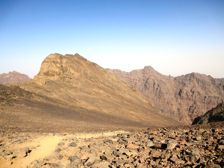 Toubkal Ouest, from Tizi n'Toubkal pass