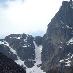 Climbing south side of Cântaro Magro