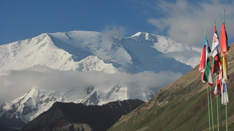 Achik Tash - Base Camp(3600 m), Pik Lenin