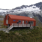 French Ridge hut on way to Mt Aspiring, Mount Aspiring