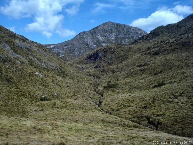 Pedra da Mina e Vale do Rio Verde