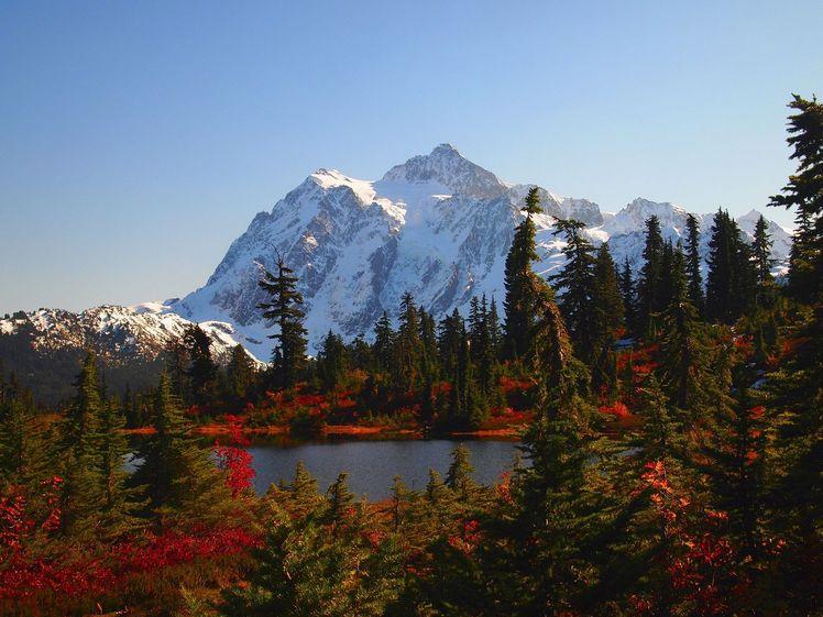 Mt Shuksan in the Fall, Mount Shuksan