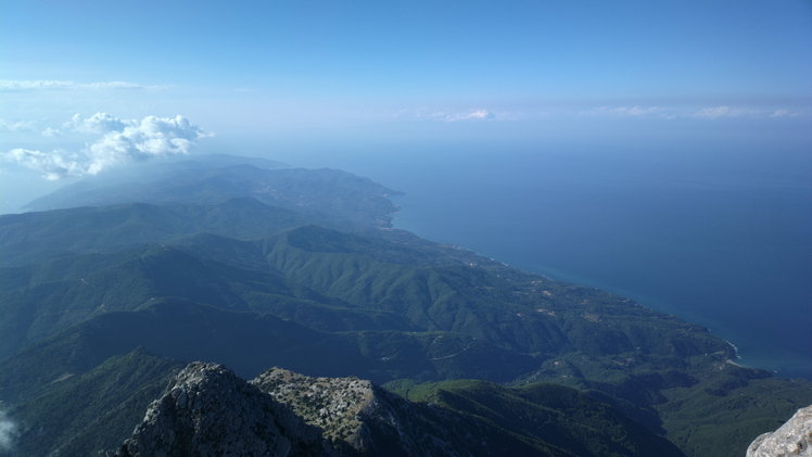 "view all place of third ""leg"" of Chalkidiki, Athos"