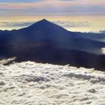 Pico de Teide over the clouds