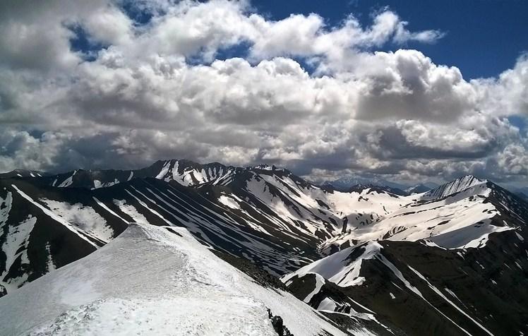 Some beautiful peaks, Borj