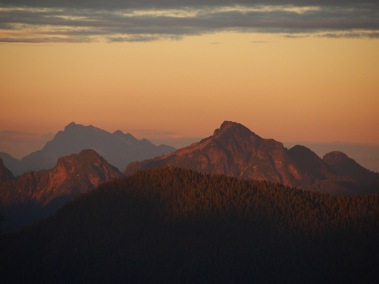 Alpenglow on Coquitlam Mountain