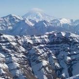 نمای کلاه ابری دماوند از قله کلک چال, Kolakchal