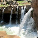naser ramezani afrineh waterfall, سن بران