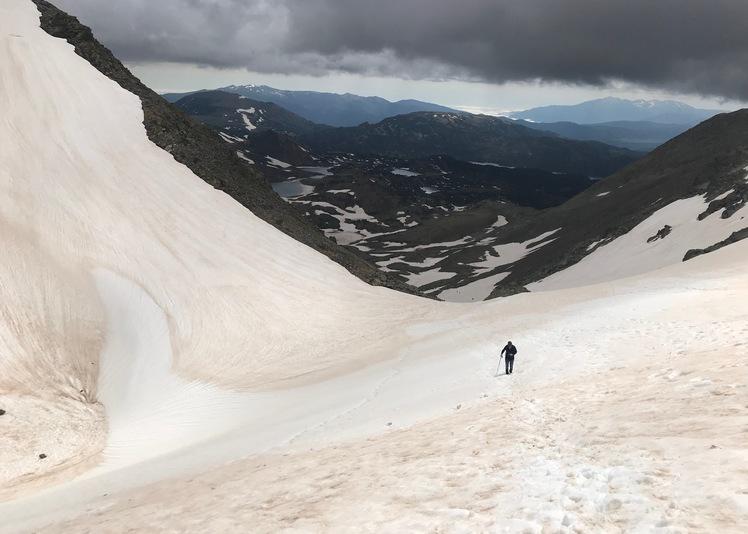 Dernier tronçon, sur la neige, Carlit