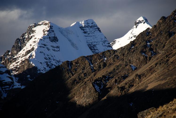 Ala Izquierda and Cabezza del Condor, Condoriri