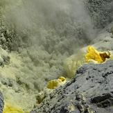 sulfur minerals, Mutnovsky