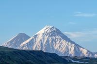 "Kamen, the ""Stone"", in front of Kliuchevskoi, Kamen (Kamchatka) photo"