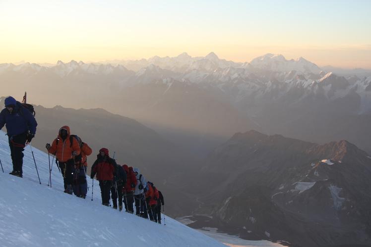 On the climb..., Mount Elbrus
