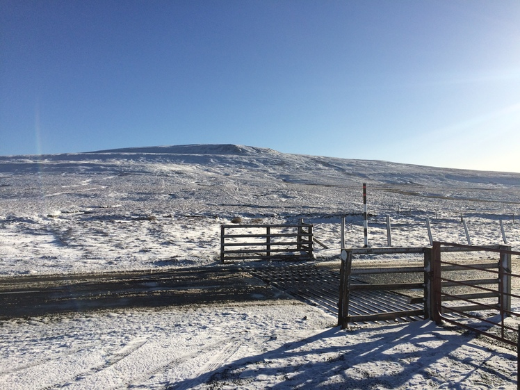 Winter at Buttertubs Pass, Lovely Seat