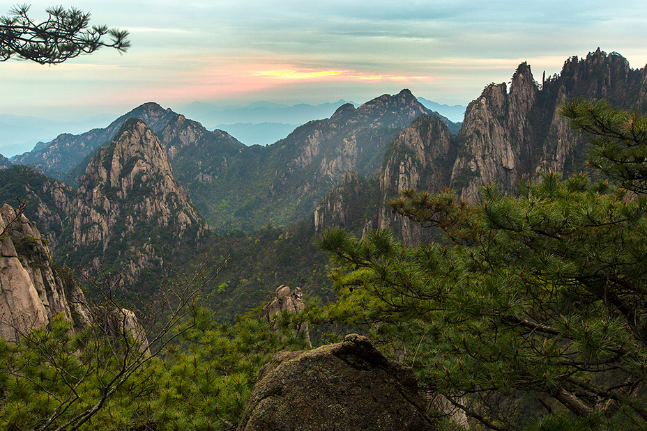 Mount Huang or Huangshan (黄山) weather