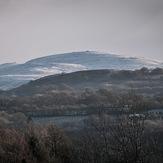 Tair Carn Isaf, Garreg Lwyd (Black Mountain)