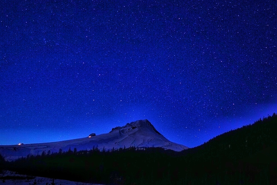 Night on the mountain, Mount Hood