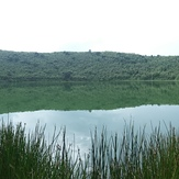 Gandochi crater lake, Tepi