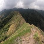 Knife Edge trail of Mt. Nangtud, Mt Nangtud