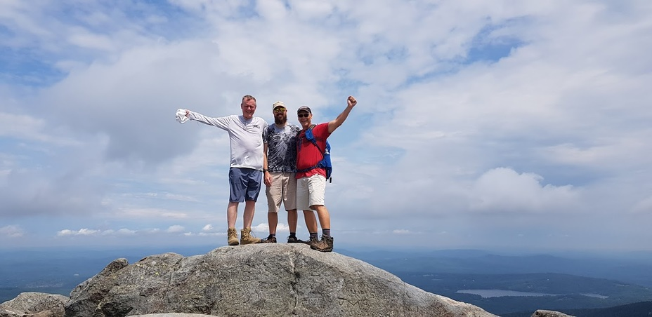Summer day on Monadnock summit, Mount Monadnock