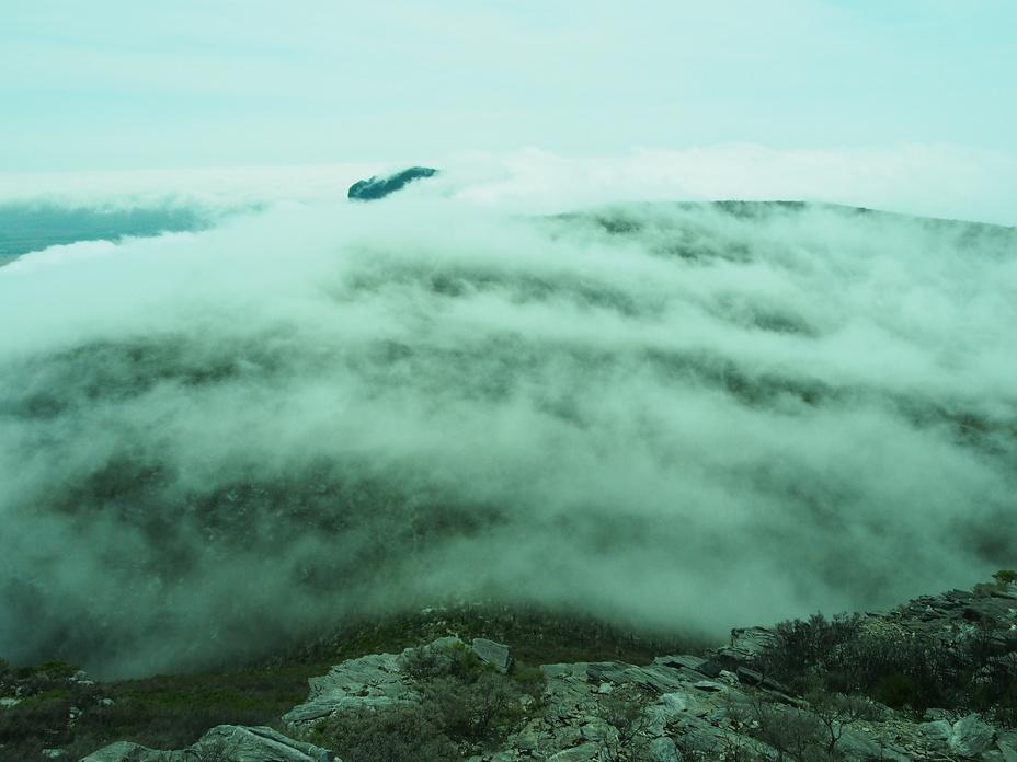 Cloud Lines, Bluff Knoll