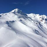 Yate (volcano)