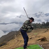 Baahrakhari Everest golf, Kongde Ri