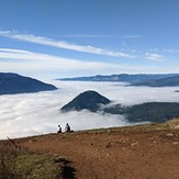 Life above the fog, Dog Mountain