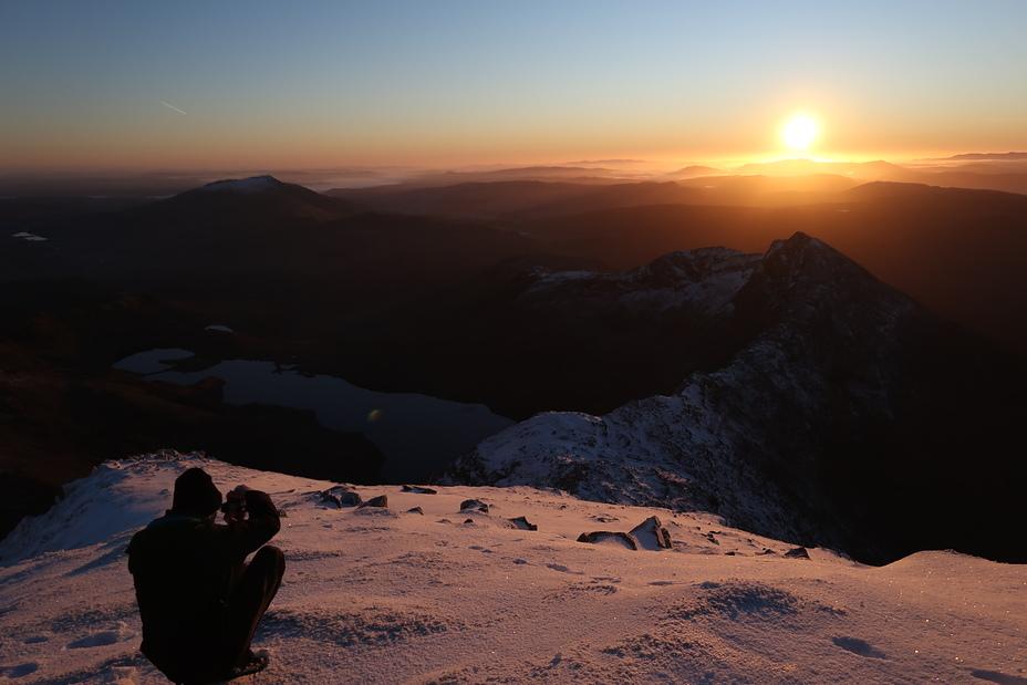 Stunning sunrise over Snowdon