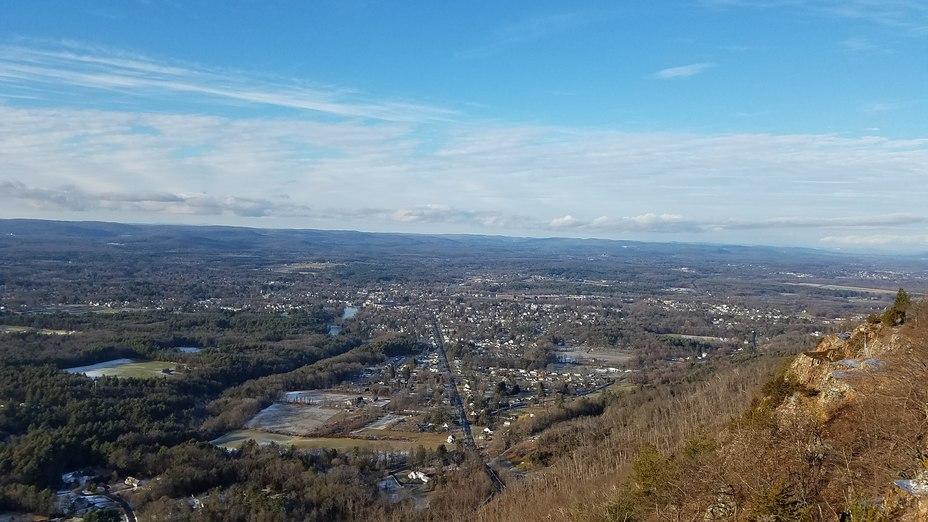 View from Mt Tom summit, Mount Tom (Massachusetts)