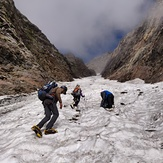 Climbing the Tentu gully, Mount Hanuman Tibba