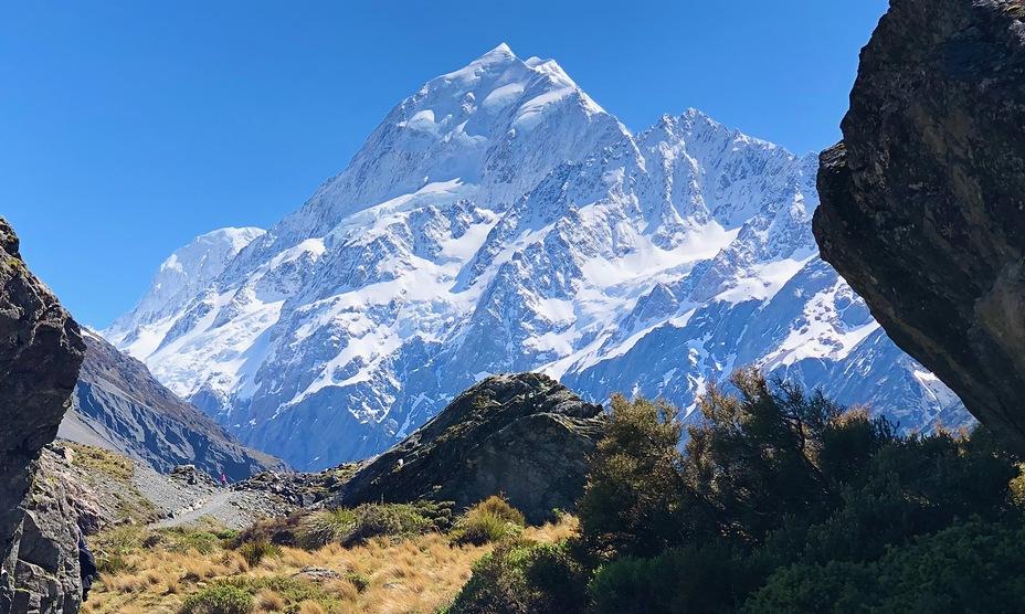 A climber's dream conditions for summiting Aoraki/Mt Cook, Aoraki/Mount Cook
