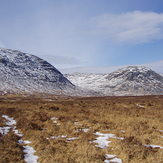 Craignaw and the Dungeon Hill in winter
