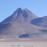 Acamarachi (a.k.a. Pili) seen from the east