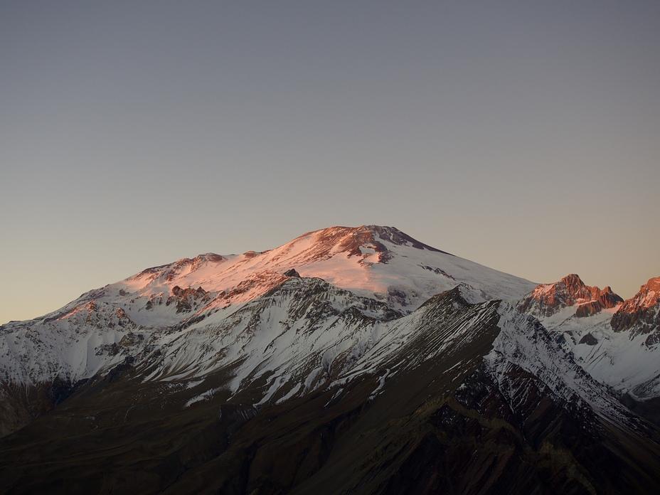 Late summer sunset, San José (volcano)