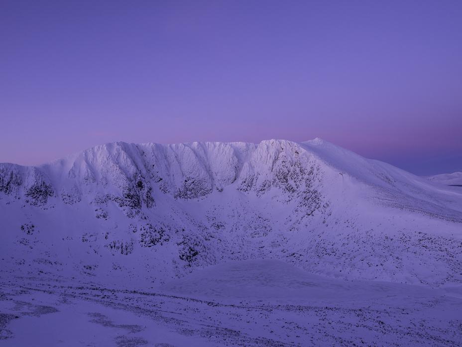 Early Morning, Lochnagar