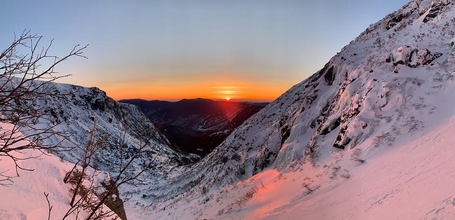 Tuckerman's Ravine - Left Gully - Sunrise, Mount Washington (New Hampshire)