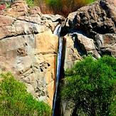 Naran waterfall, Rizan