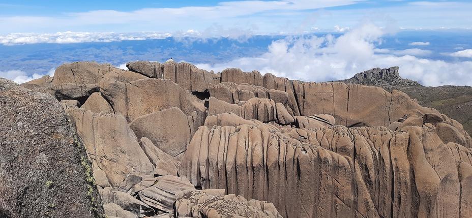 Cume sul das Agulhas, Pico das Agulhas Negras