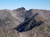Canigou vu depuis le Tretzevents, au Sud photo