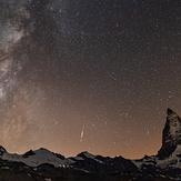 a perseid meteor at Matterhorn