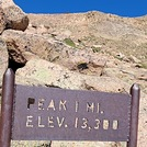 Barr Trail 1 mile marker